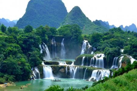 Thác Bản Giốc - Động Ngườm Ngao - Hang Pác Bó - Hồ Ba Bể - Hà Nội (Đã bao gồm VMB)